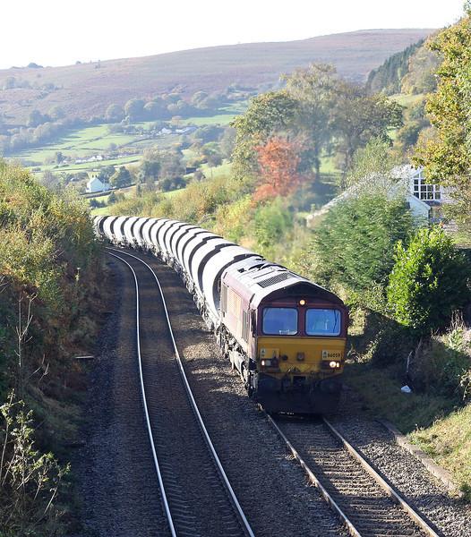66059, 04.00 Exeter Riverside Yard-Bescot Yard, Llanvihangel Crucorney, near Abergavenny, 27-10-12.