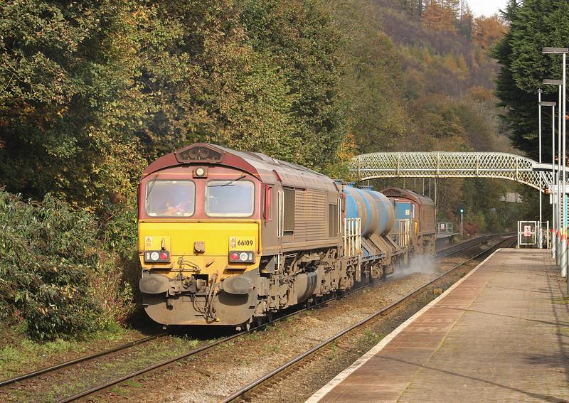 66039/66109, 09.18 Margam-Bargoed, Llanbradach, near Caerphilly, 30-10-12.