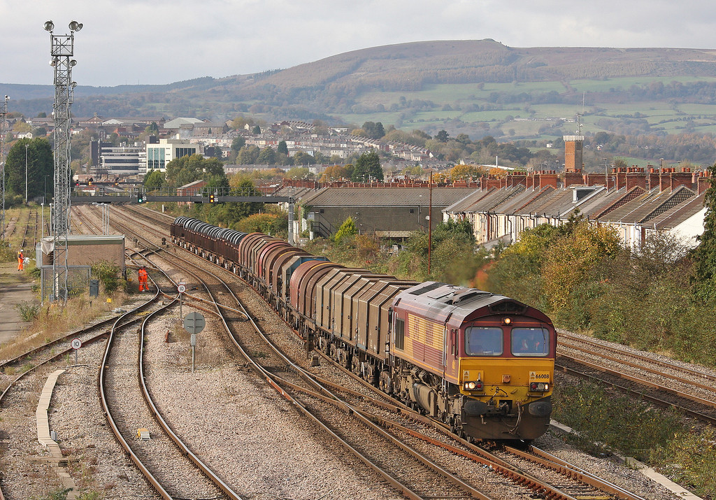 66008, 11.16 Margam-Llanwern, Somerton, Newport, 30-10-12.