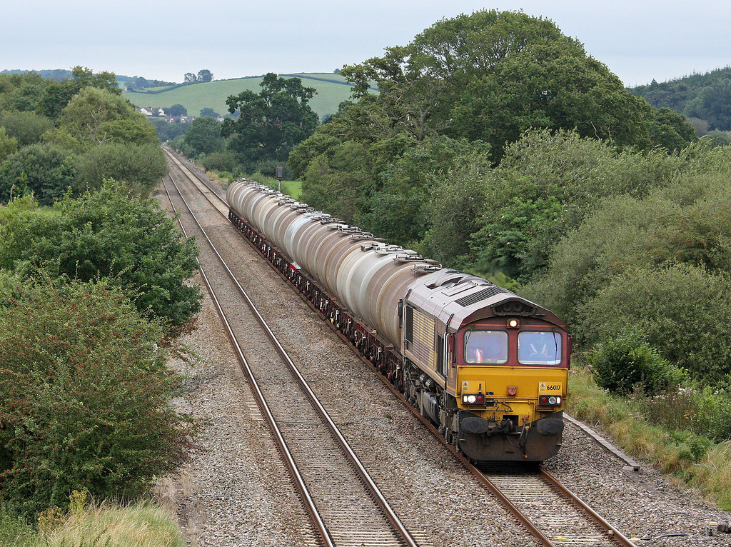 66017, 15.31 Bristol St Philip's Marsh-Plymouth Tavistock Junction Yard, Rewe, near Exeter, 4-9-12.