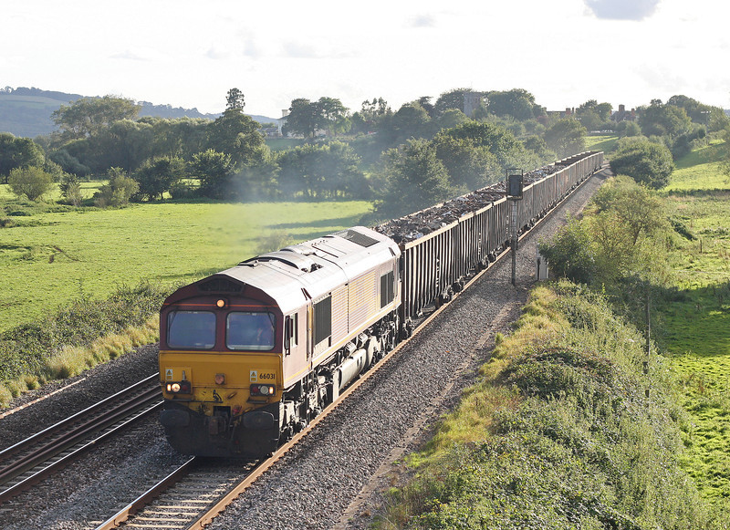 66031, 17.18 Exeter Alphington Road-Cardiff Tidal, Rewe, near Exeter, 19-9-12.