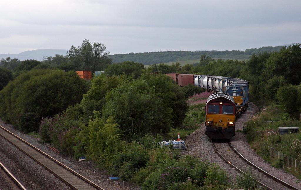 66016, 18.58 Newport Alexandra Dock Junction Yard-Didcot, Llandevenny, near Llanwern, 13-8-13.