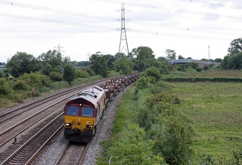 66057, 15.19 Margam-Llanwern Exchange Sidings, Duffryn, Newport, 13-8-13.