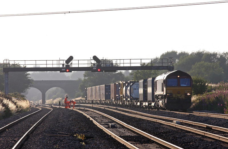 66164, 17.56 Cardiff Wentloog (Freightliners)- Didcot, Pilning, 1-8-13.