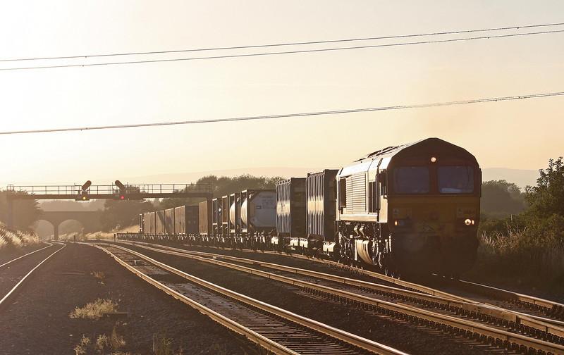 66164, 17.56 Cardiff Wentloog (Freightliners)- Didcot, departs Pilning up loop, 1-8-13.