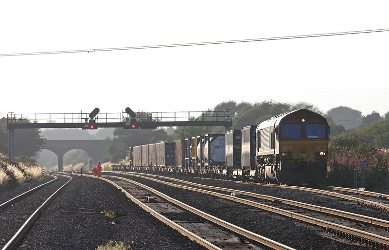 66164, 17.56 Cardiff Wentloog (Freightliners)- Didcot, Pilning, 1-8-13.