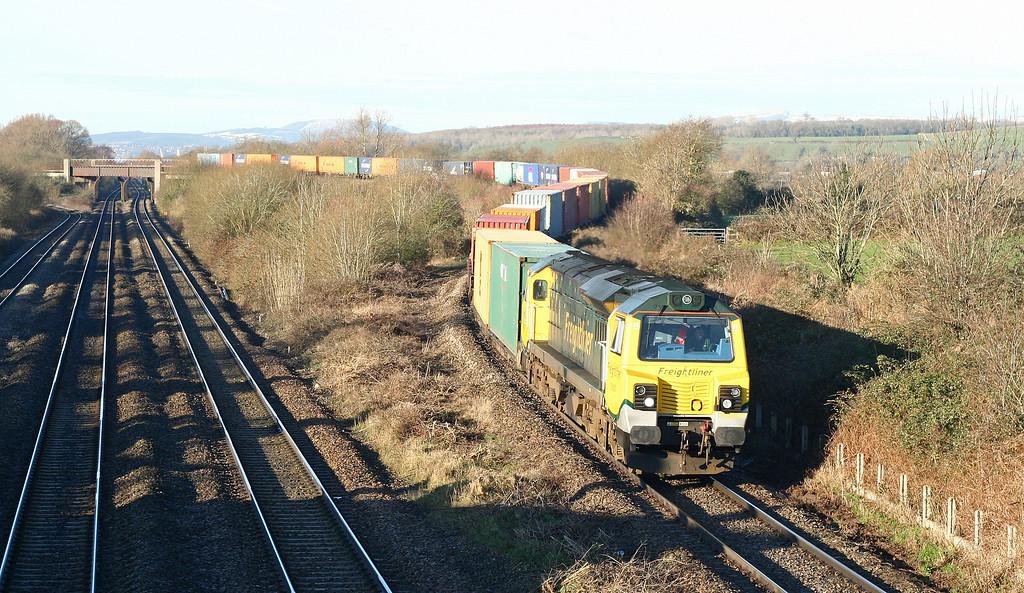70007, 09.58 Cardiff Wentloog-Southampton, Llandevenny, near Llanwern, 15-1-13.