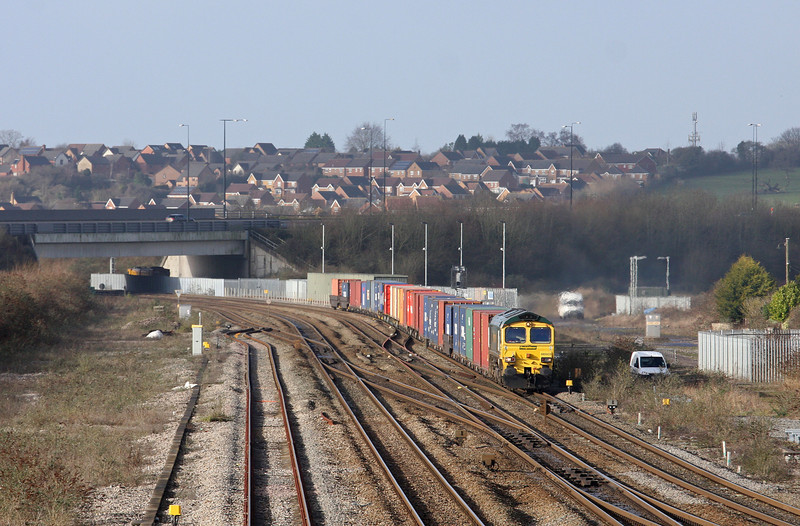 66503, 09.58 Cardiff Wentloog-Southampton, Severn Tunnel Junction, 30-1-13.