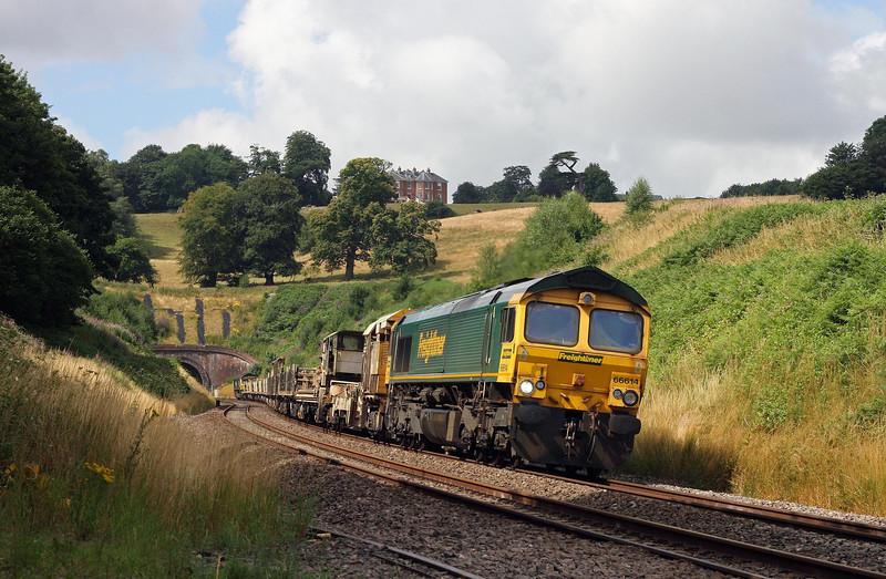 66614/66595, top'n'tail 05.10 Roskear Crossover (near St Erth)- Westbury, Marlands, near Wellington, 25-7-13.