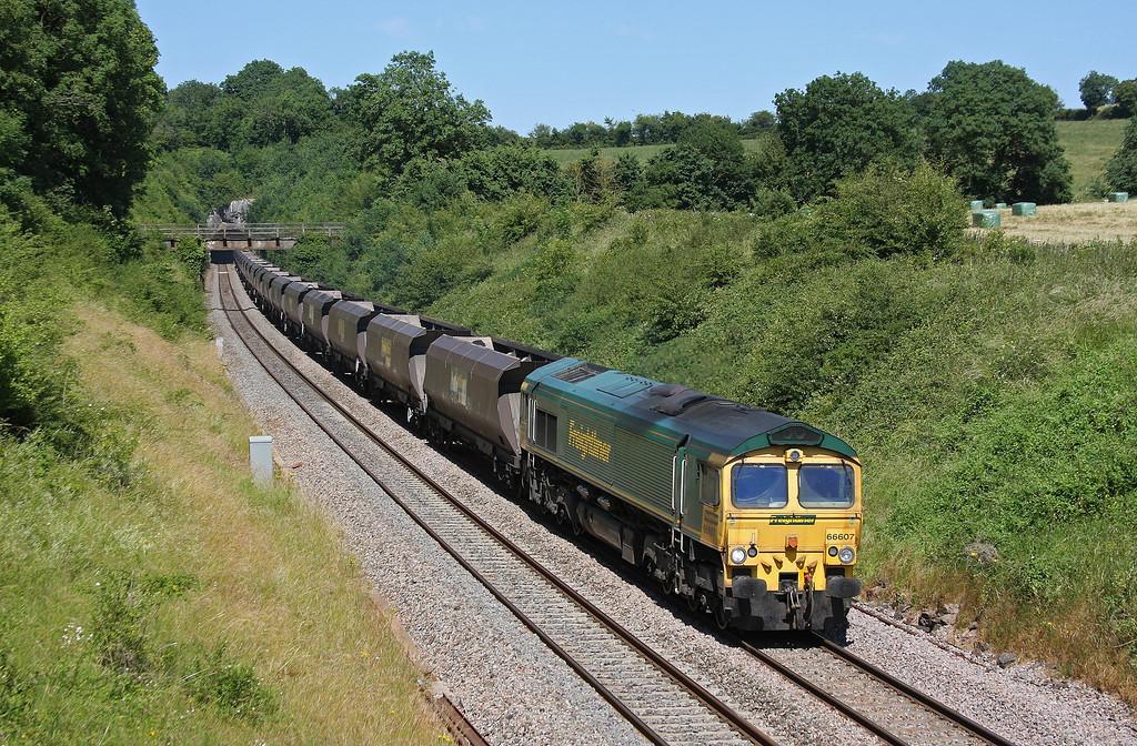 66607, 11.30 Rugeley Power Station-Bristol Stoke Gifford Yard, Rangeworthy, Gloucestershire, 9-7-13.