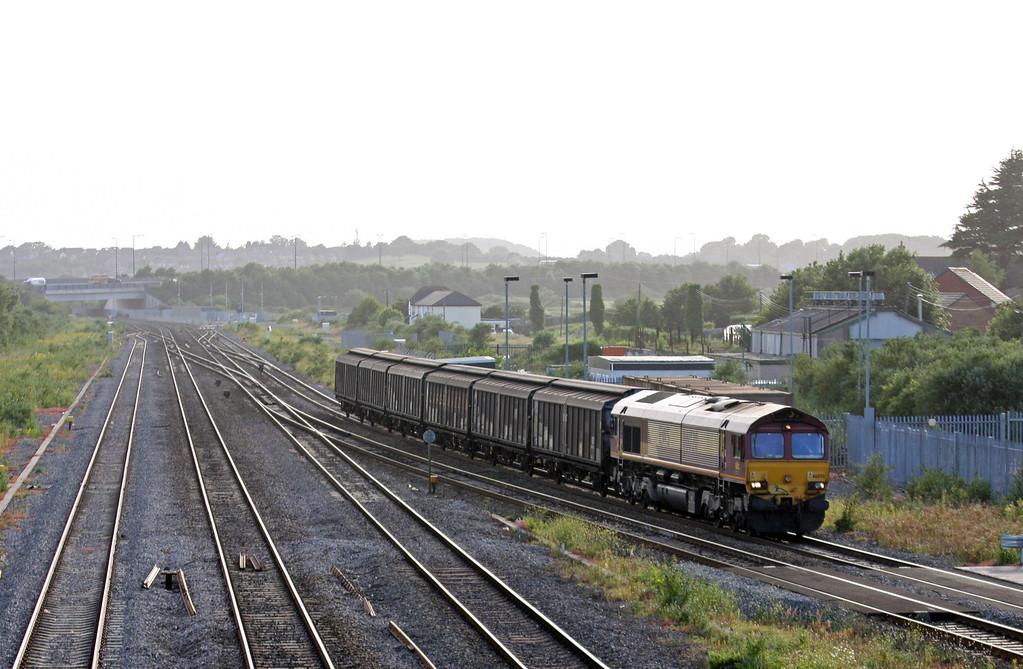 66020, 17.56 Cardiff Wentloog-Didcot Yard, Severn Tunnel Junction, 1-7-13.