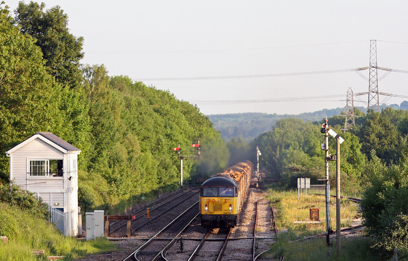 56094, 14.54 Teigngrace-Chirk Kronospan, Abergavenny, 6-6-13.