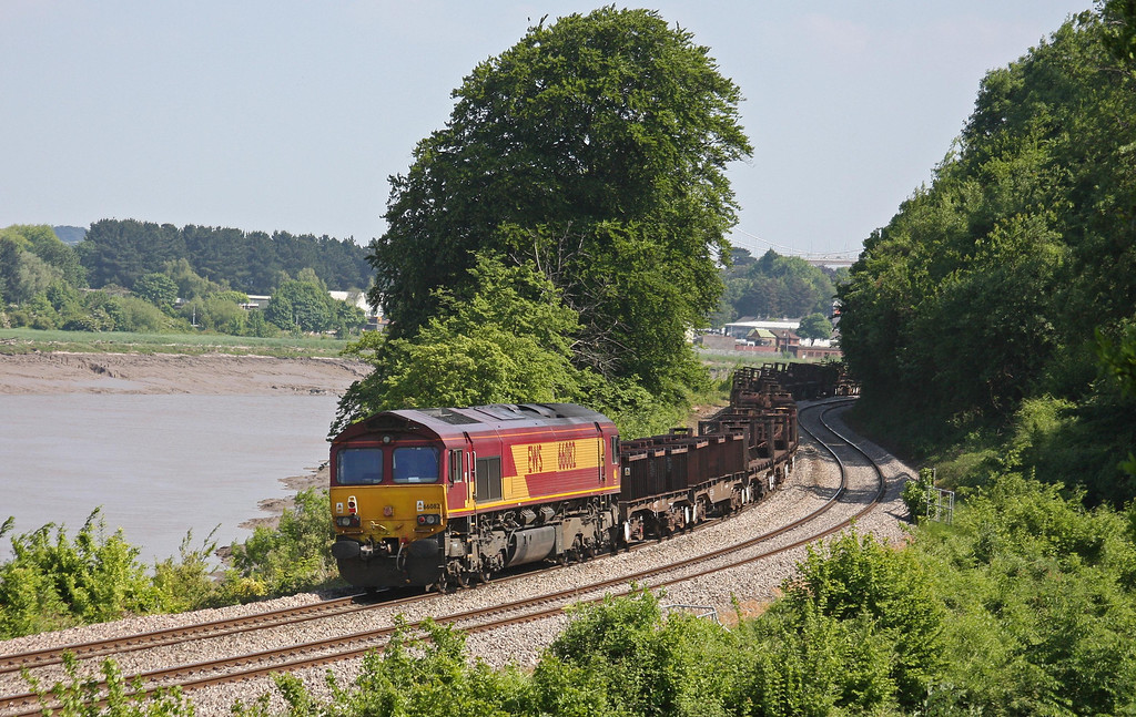 66082 on rear of double-consist 10.28 Corby-Margam, Bulwark, Chepstow, 6-6-13, with 66057 (out of sight) leading.