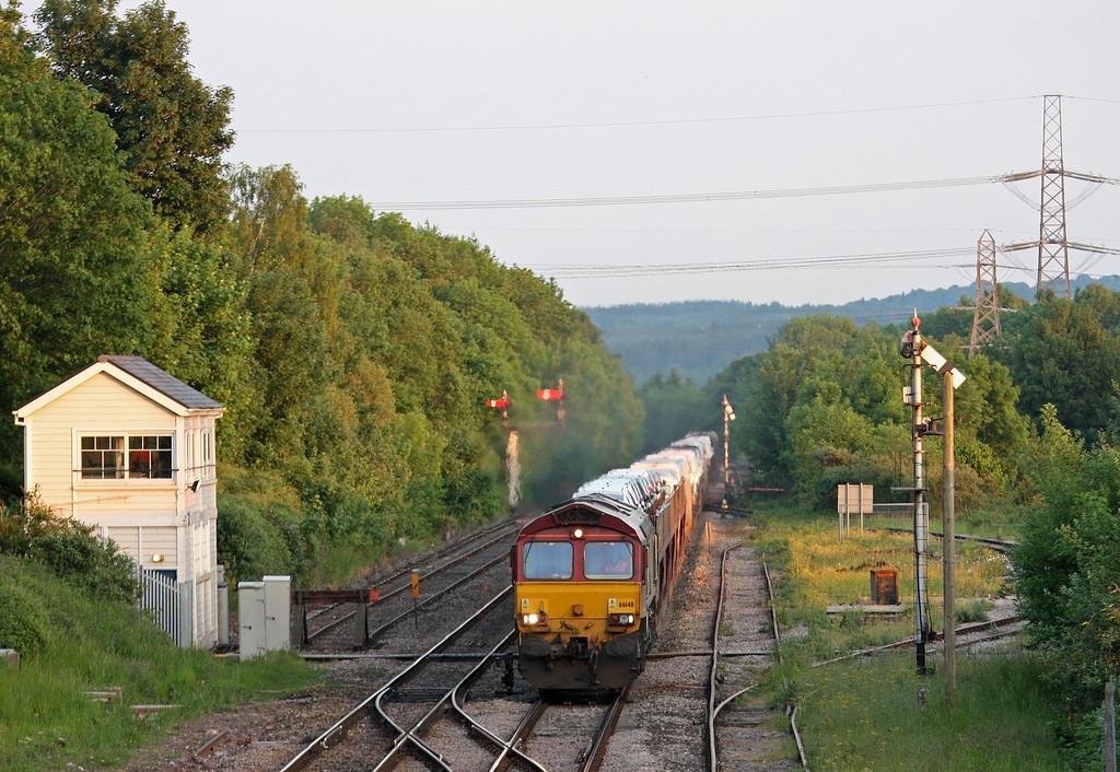 66148, 17.33 Portbury Automotive Terminal-Mossend Euroterminal, Abergavenny, 6-6-13.