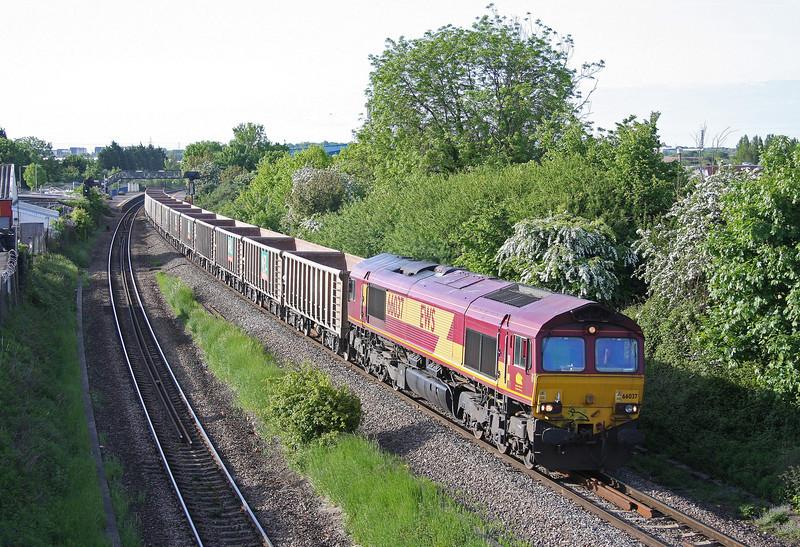 66037, 06.57 Westbury Yard-Machen, Patchway, Bristol, 1-6-13.