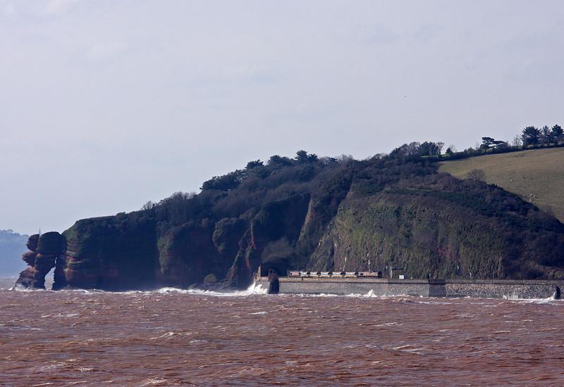 66082/66044, top'n'tail 06.25 St Erth-Westbury, Horse Cove, Dawlish, 12-3-13.