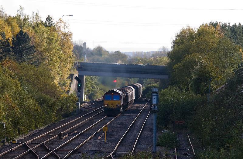 66156, 09.23 Margam-Dee Marsh, Panteg. near Cwmbran, 4-11-13.