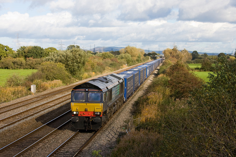 66431, 09.20 Daventry International Rail Freight Terminal-Cardiff Wentloog, Coedkernow, near Newport, 4-11-13.