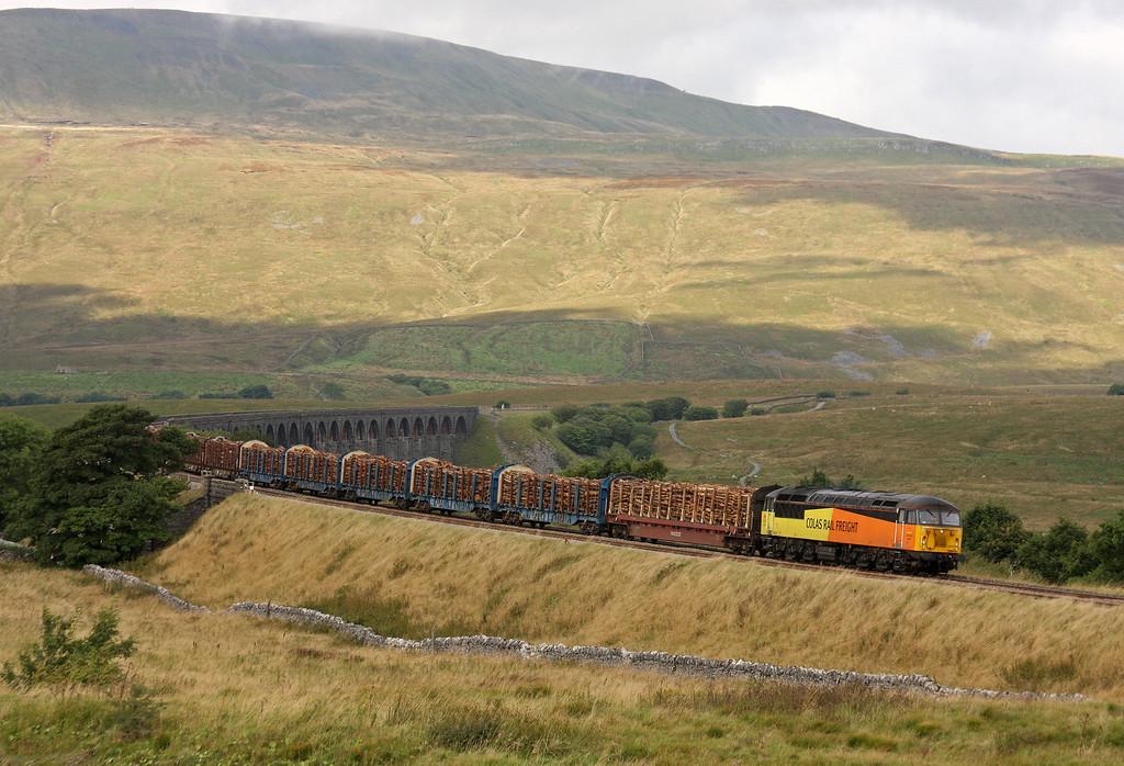 56302, 12.35 Ribblehead-Blea Moor-Chirk Kronospan, Ribblehead, 12-9-13.