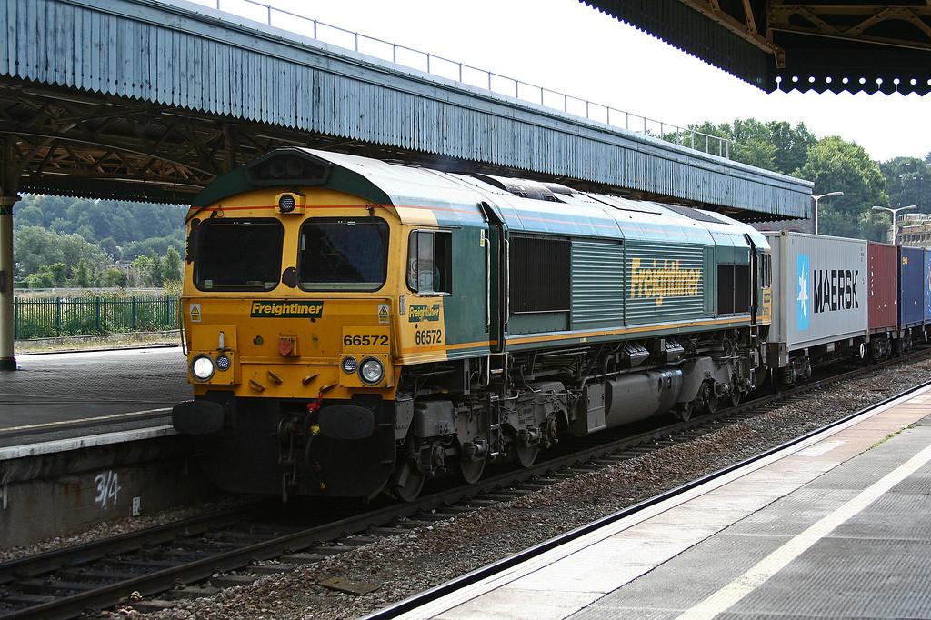 66572, 11.00 Bristol Freightliner Terminal-Tilbury RCT, Bristol Temple Meads, 2-9-13.