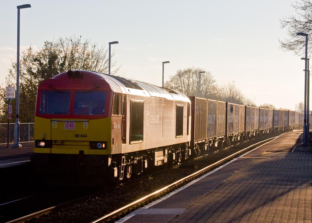 60044, 14.32 Barry Docks ABP Shipment-Newport Alexandra Dock Junction, departs Cadoxton, 18-11-14.