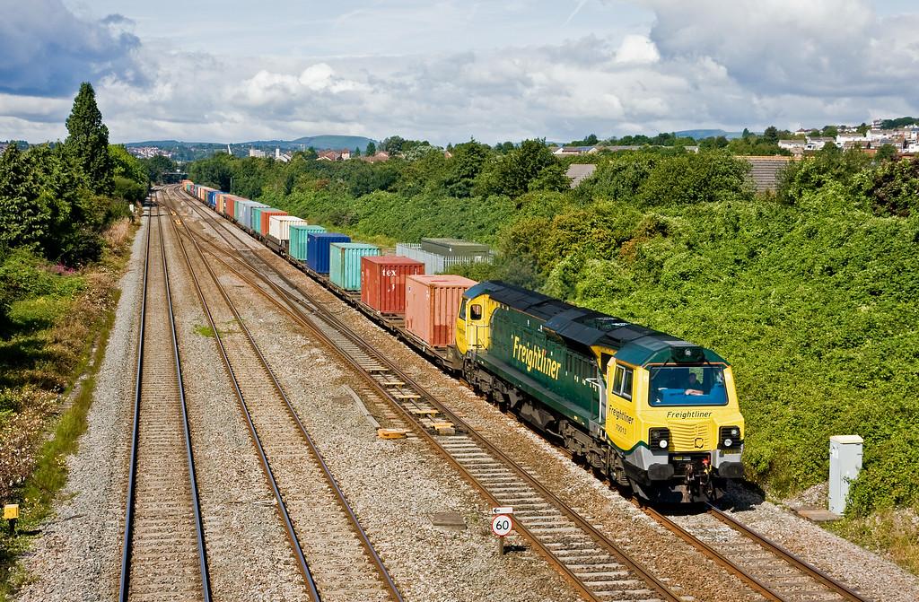 70013, 10.40 Cardiff Wentloog-Southampton MCT, Llanwern West Junction, 13-8-14.