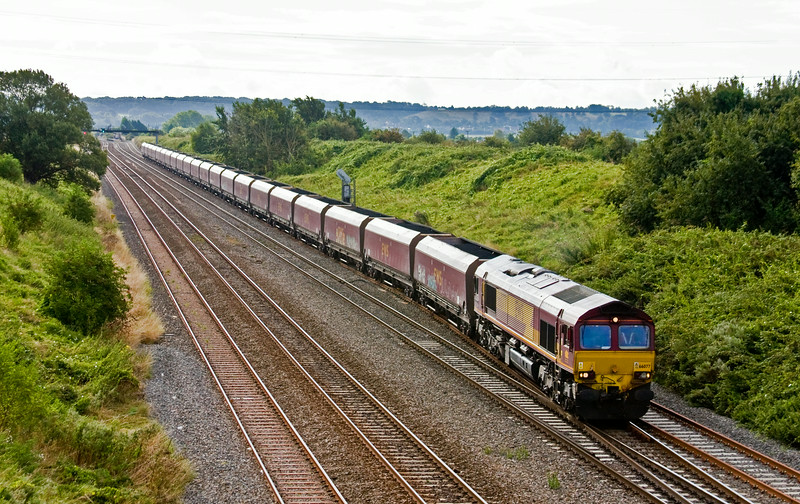 66077, 07.55 Avonmouth Bulk Handling Terminal-Aberthaw Power Station, departs Pilning loop, 13-8-14.