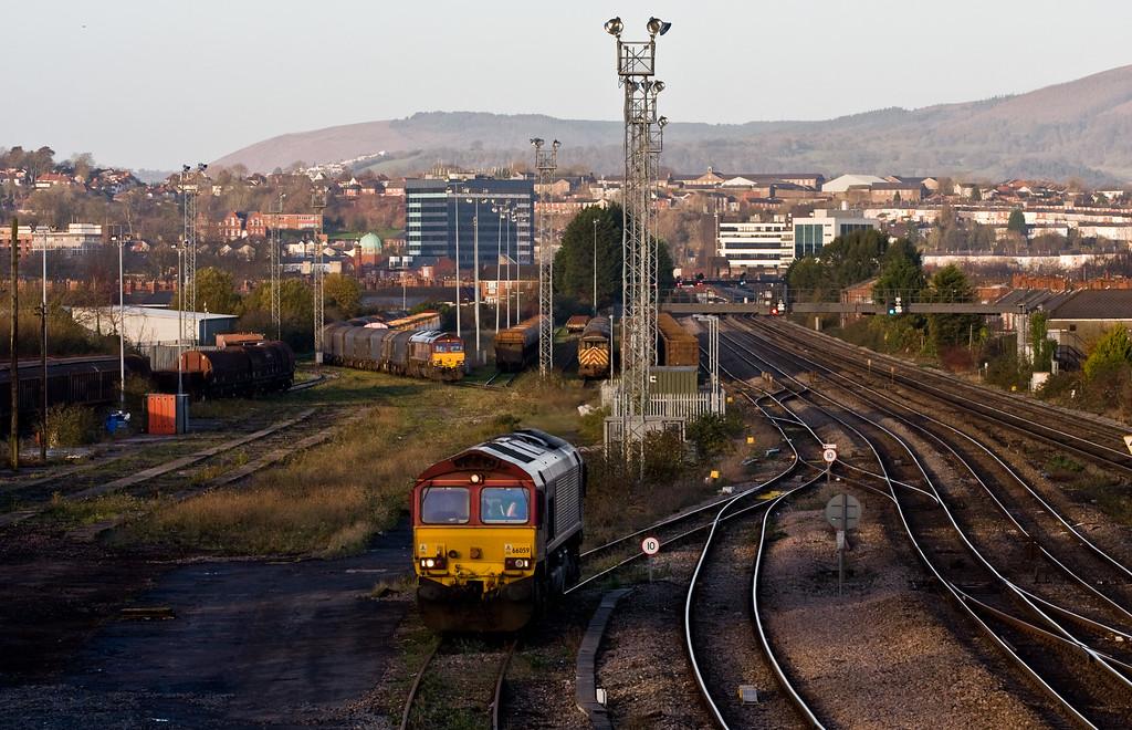 66005, parked; 07.30 Margam-Birdport; 66059, running round, 08.25 Birdport-Llanwern, East Usk Yard, Newport, 10-12-14.