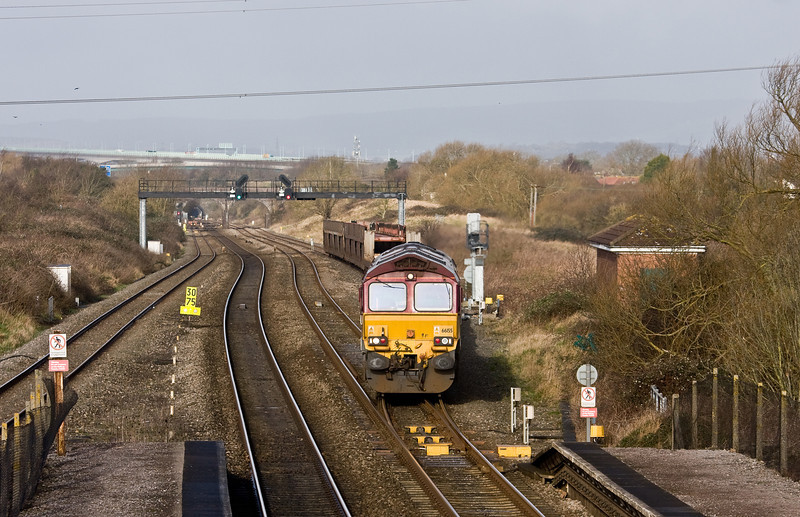 66155, 03.35 Warrington Arpley Sidings-Portbury Automotive Terminal, departs Pilning Up Loop, 26-2-2014.