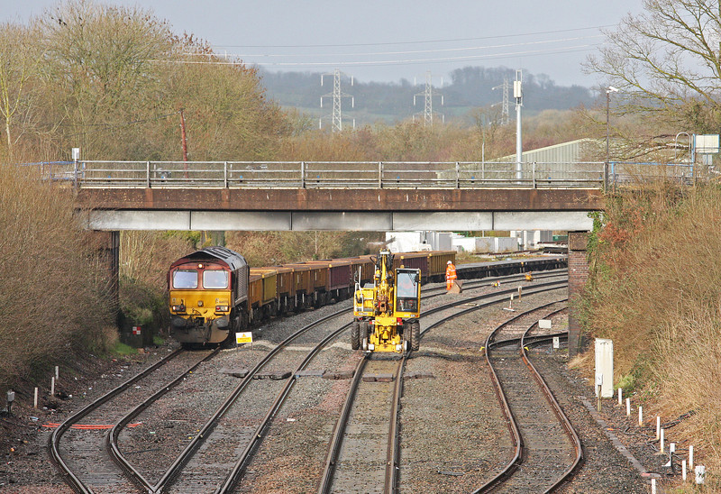 66078, Tiverton Loops, Willand, near Tiverton, 28-1-14. Whiteball blockade continues.