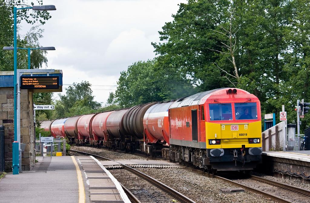 60019, 0420 Robestion Sidings-Westerleigh Murco, Lydney, 10-6-14.