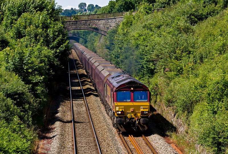 66068, 09.10 Margam-Redcar BSC, Sedbury Lane, Chepstow, 19-6-14.