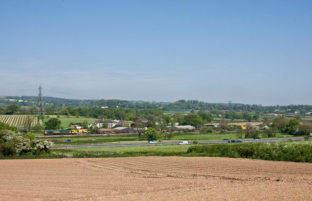 66614/66602, 0737 Moreton Cutting (near Didcot)-Newton Abbot Hackney Yard, Pugham Crossing, near Burlescombe, 18-5-14.