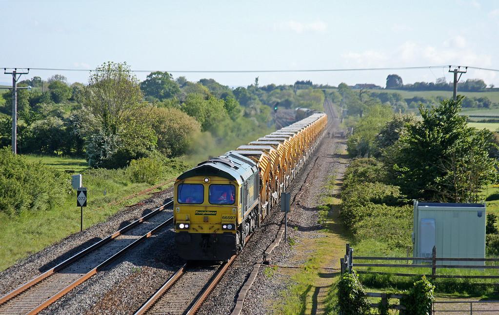 66597, 04.30 Salisbury Laverstock North Junction-Taunton Fairwater Yard, Cogload, 14-5-14, late. 66524 tailing.