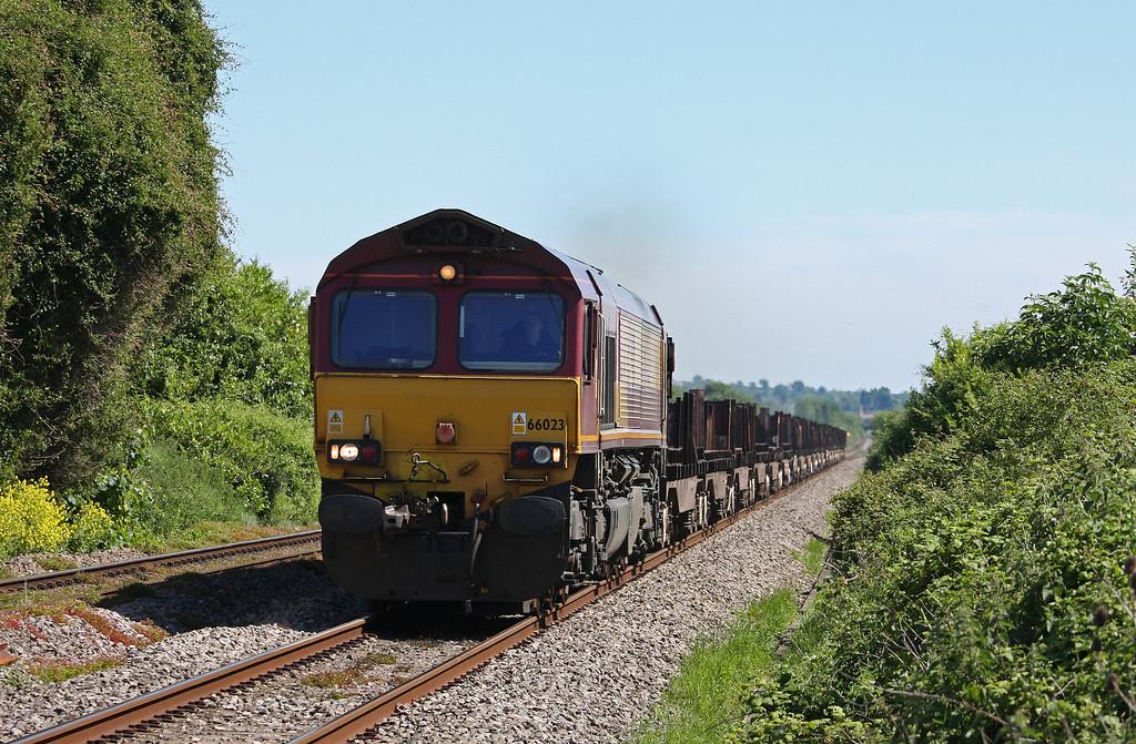 66023, 03.00 Scunthorpe BSC-Margam, Woolaston, near Lydney, 21-5-14.