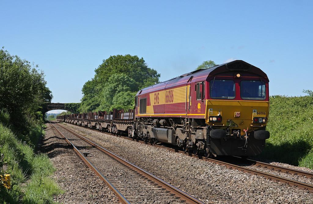 66086, 08.54 Margam-Scunthorpe BSC, Woolaston, near Lydney, 21-5-14.