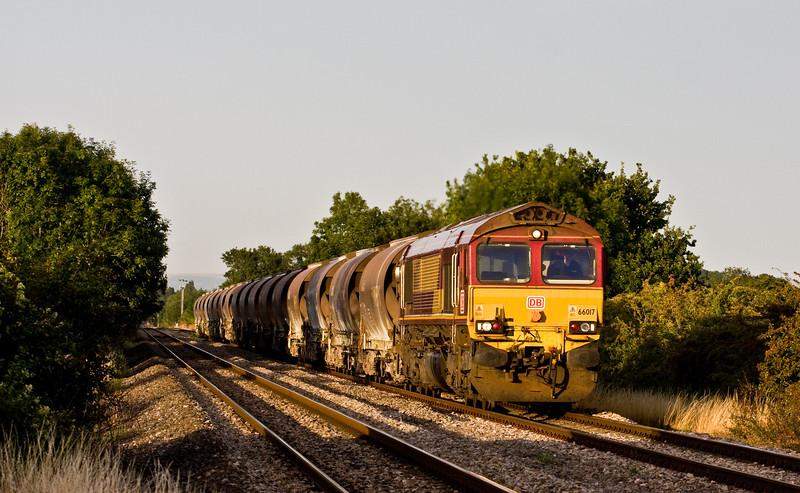 66017, 16.58 Bescot Yard-Newport Alexandra Dock Junction Yard, Broken Cross, near Westbury-on-Severn, 11-8-15.
