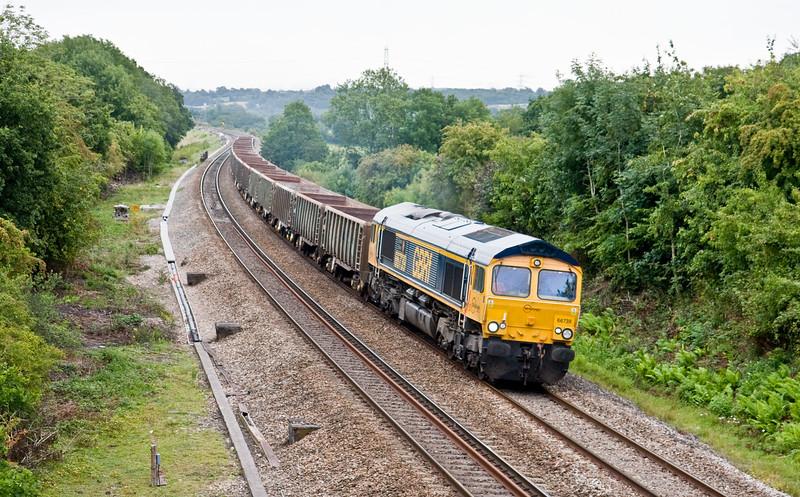 66739, 04.05 Tonbridge West Yard-Avonmouth West Wharf, Coalpit Heath, Bristol, 11-8-15.