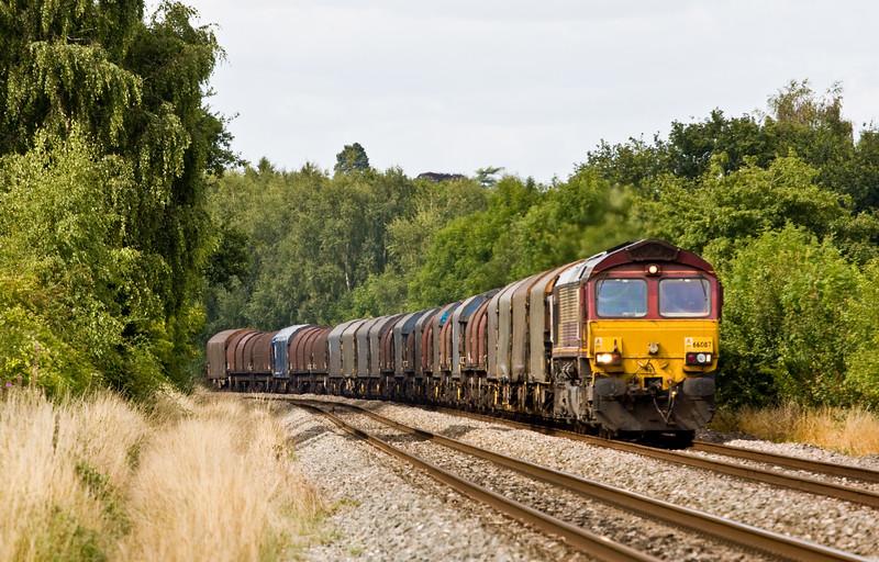 66087, 14.27 Round Oak-Margam, terminated at Llanwern, Bullo Pill, near Newnham, Gloucestershire, 11-8-15.
