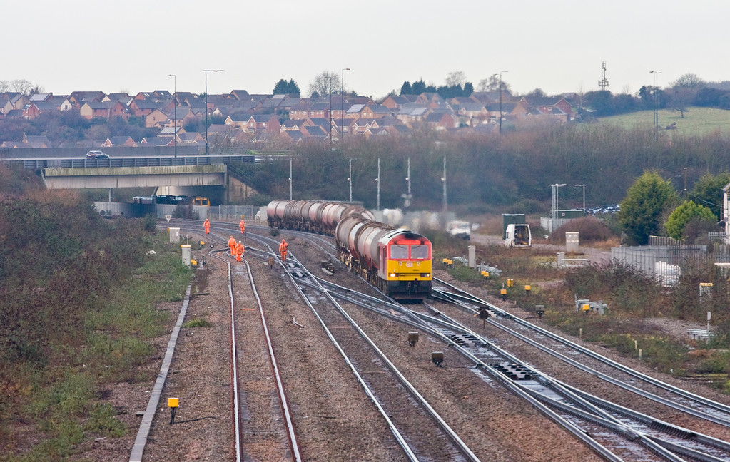 60054, 05.00 Robeston Sidings-Westerleigh Murco, Severn Tunnel Junction, 8-1-15.