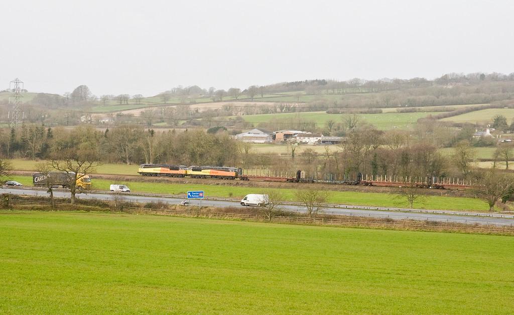 56087/56078, 05.25 Chirk Kronospan-Teigngrace, Pugham Crossing, near Burlescombe, 28-1-15.