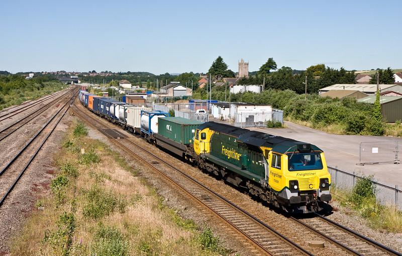 70008, 09.43 Cardiff Wentloog-Southampton MCT, Severn Tunnel Junction, 30-6-15,