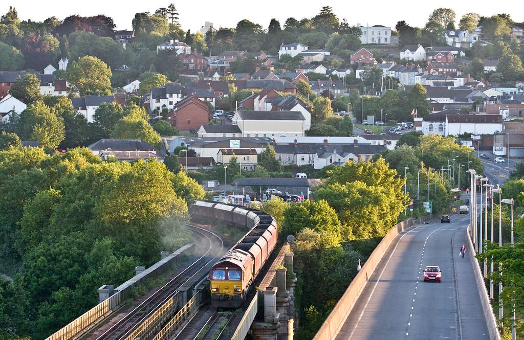 66040, 12.20 Onllwyn Washery-Immingham, Chepstow, 18-6-15.