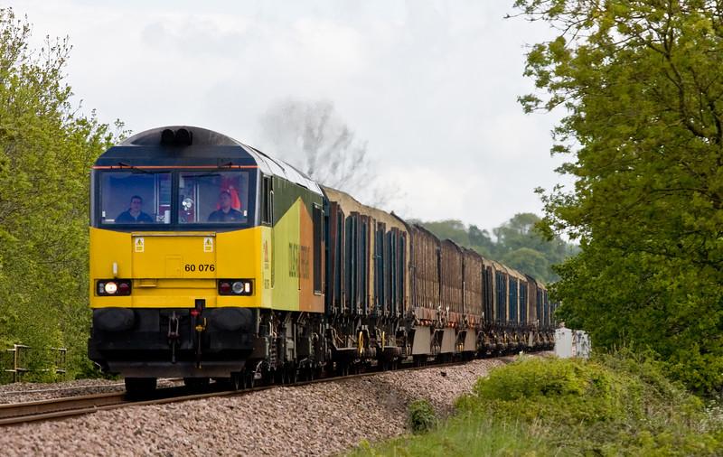 60076, 06.14 Chirk Kronospan-Exeter Riverside Yard, Pugham Crossing, near Burlescombe, 20-5-15.