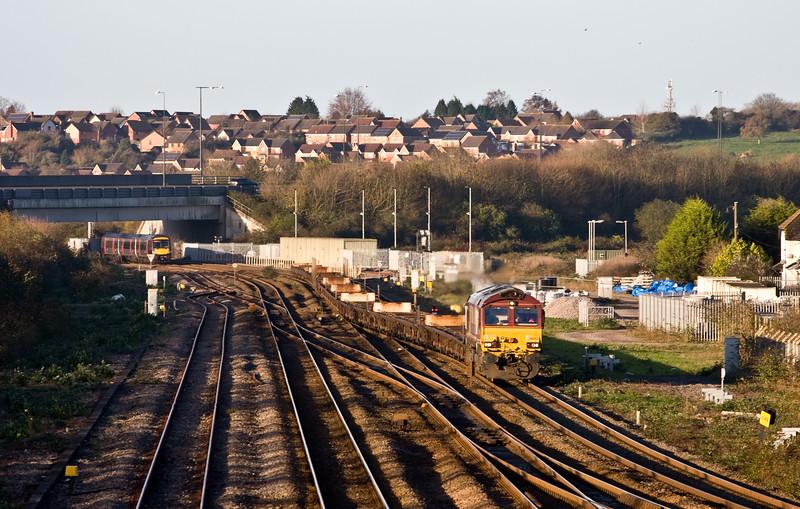 66055, 01.46 Warrington Arpley Sidings-Portbury Automotive Terminal, Severn Tunnel Junction, 21-11-15.