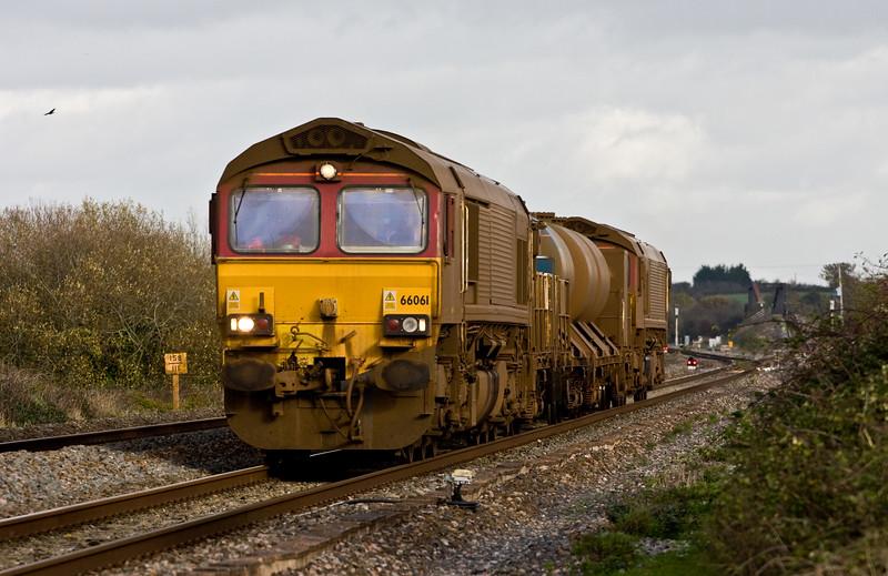 66061/66138, 08.45 Westbury-St Blazey, via Salisbury, Cogload, 16-11-15.