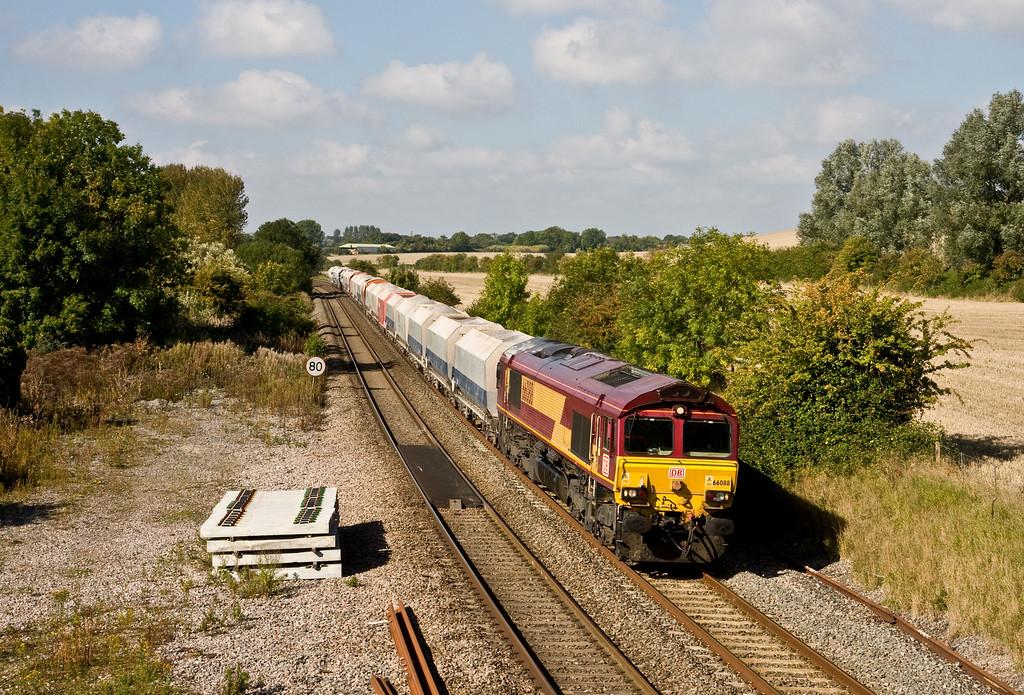 66088, 10.15 Whatley Quarry-London St Pancras Churchyard Sidings, Woodborough, 1-10-15.