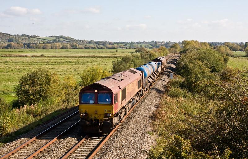 66138/66061, 08.45 Westbury-St Blazey, via Salisbury, Wick, near Langport, 12-10-15.