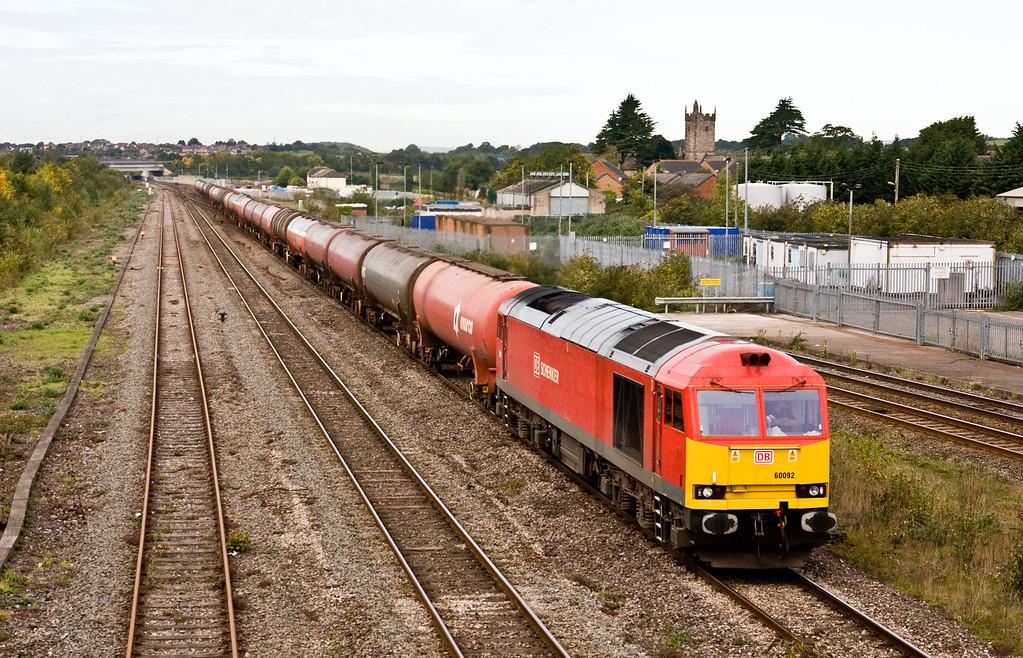 60092, 05.00 Robeston Sidings-Westerleigh Murco, Severn Tunnel Junction, 8-10-15.