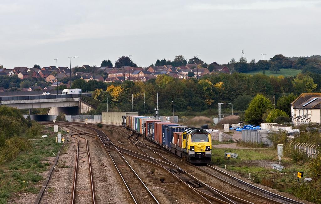 70010, 09.58 Cardiff Wentloog-Southampton MCT, Severn Tunnel Junction, 8-10-15.